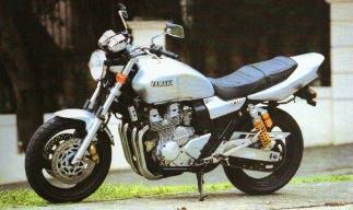 Мотоцикл yamaha xjr 400